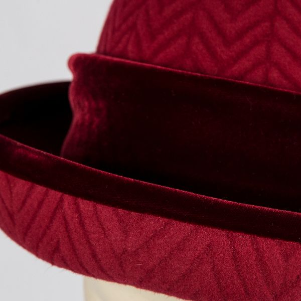 Wool felt hat with vintage silk velvet
